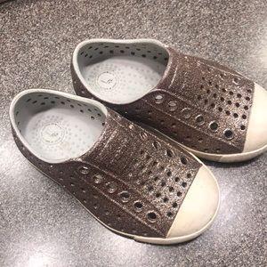 Native Jefferson toddler glitter shoes 6